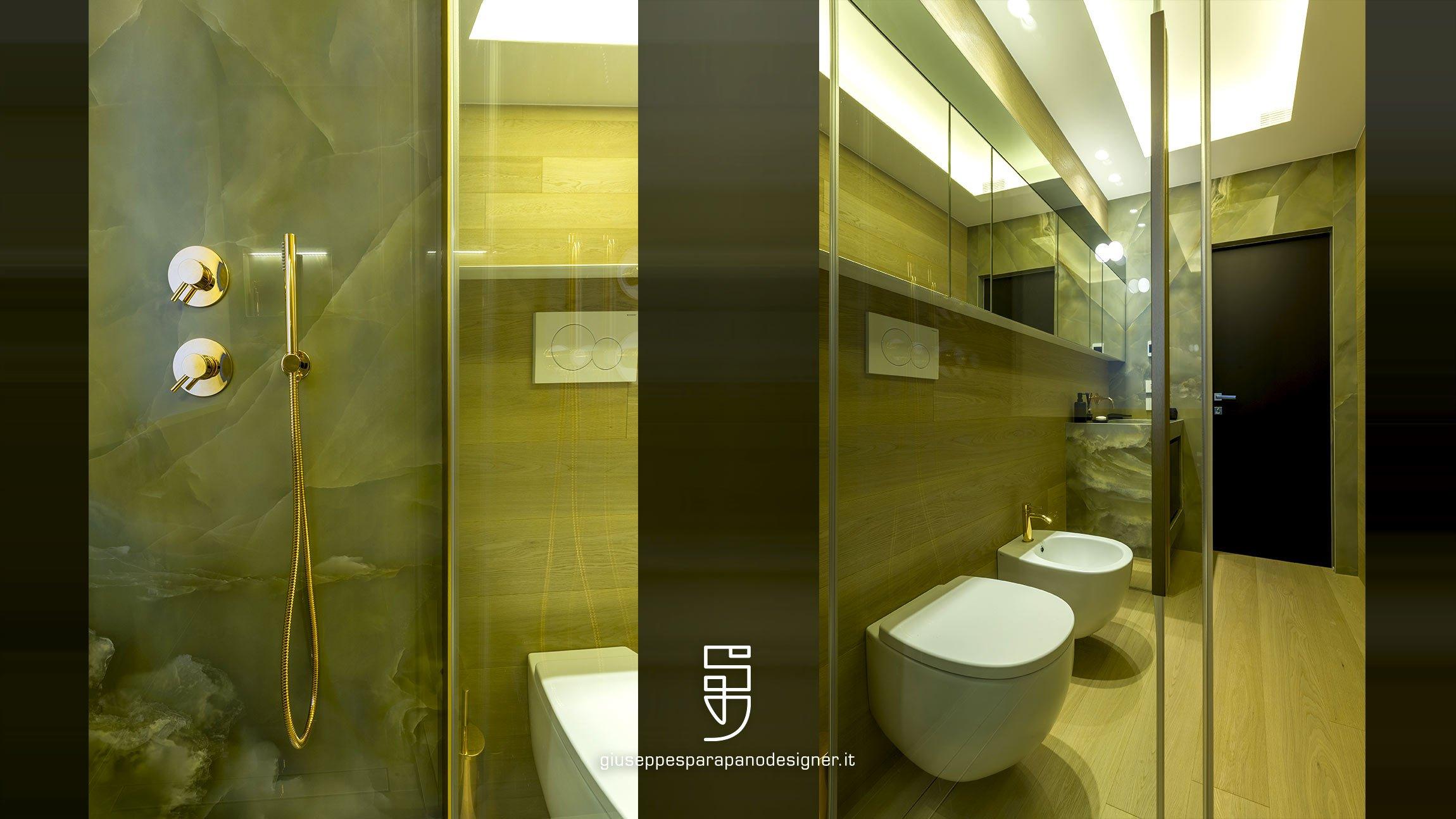 bagno con pavimento e rivestimento pareti in parquet rovere naturale spazzolato e illuminazione a Led by Viabizzuno